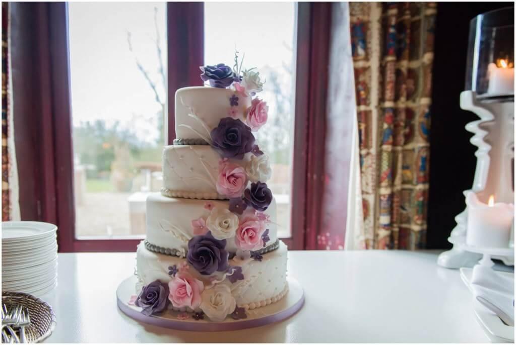 Bruidstaart door bruiloft fotograaf Sandy Peters uit Brabant