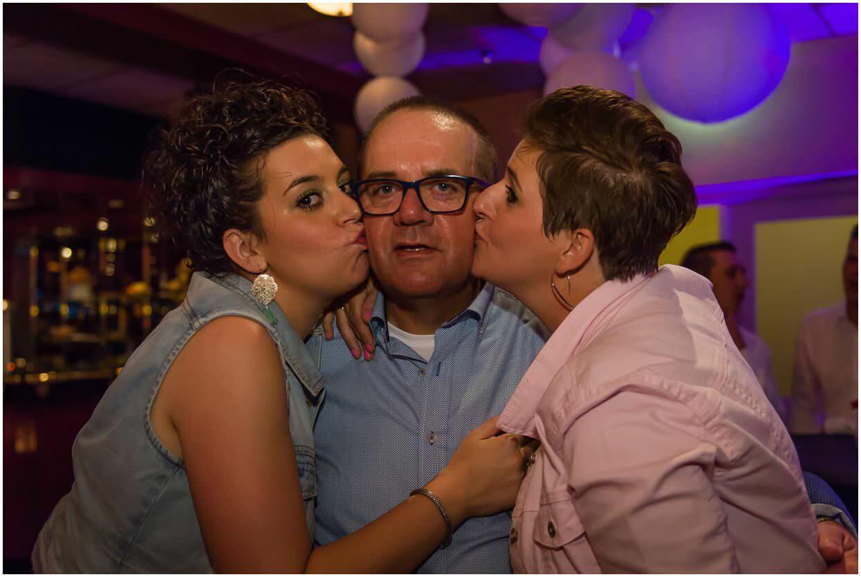2015-06-20_Bruidsfotograaf_Berghem_Roy-Maartje, Sandy-Peters_Trouwfotograaf_0020.jpg