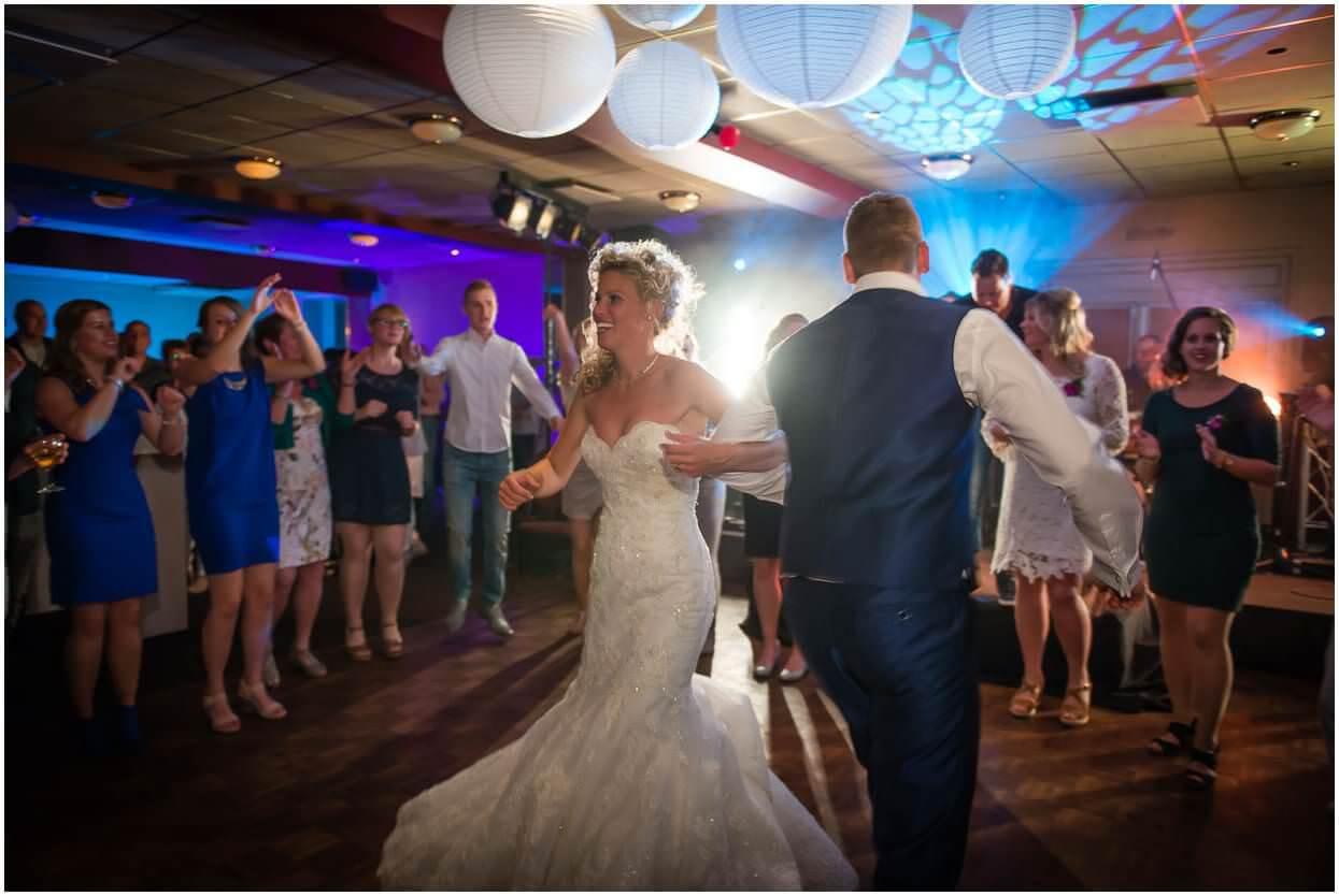 2015-06-20_Bruidsfotograaf_Berghem_Roy-Maartje, Sandy-Peters_Trouwfotograaf_0041.jpg