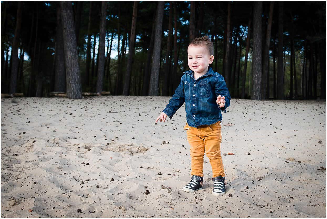 Gezinsshoot_Familieshoot_Fotoshoot_Herpen_Huisseling_Oss_Ongedwongen_Fotograaf_Fotoshoot_Kinderen_0002.jpg