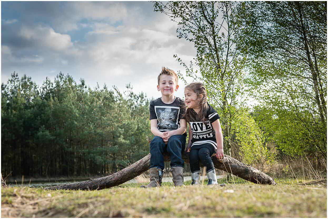 Gezinsshoot_Familieshoot_Fotoshoot_Herpen_Huisseling_Oss_Ongedwongen_Fotograaf_Fotoshoot_Kinderen_0009.jpg