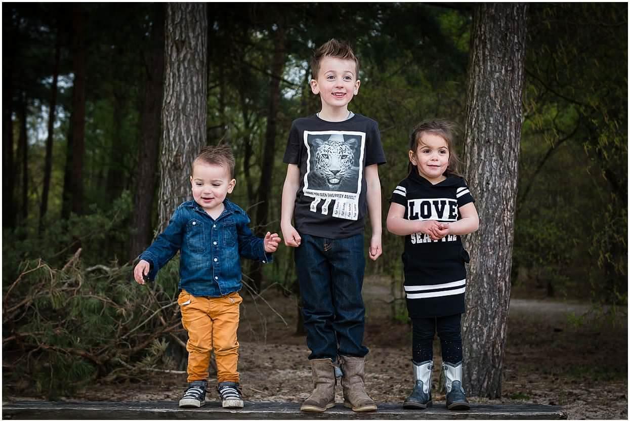 Gezinsshoot_Familieshoot_Fotoshoot_Herpen_Huisseling_Oss_Ongedwongen_Fotograaf_Fotoshoot_Kinderen_0020.jpg