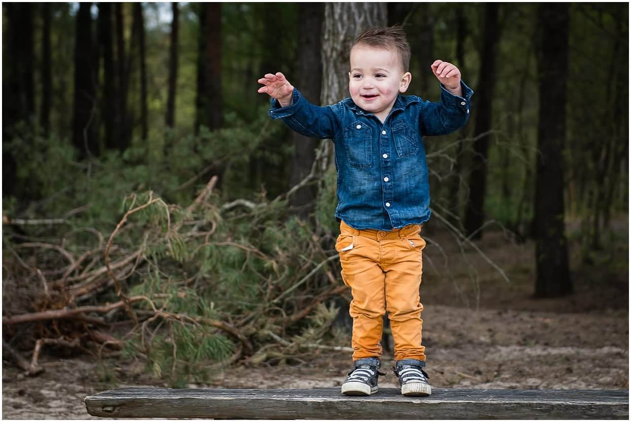 Gezinsshoot_Familieshoot_Fotoshoot_Herpen_Huisseling_Oss_Ongedwongen_Fotograaf_Fotoshoot_Kinderen_0021.jpg