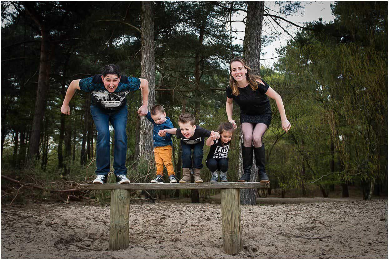 Gezinsshoot_Familieshoot_Fotoshoot_Herpen_Huisseling_Oss_Ongedwongen_Fotograaf_Fotoshoot_Kinderen_0022.jpg