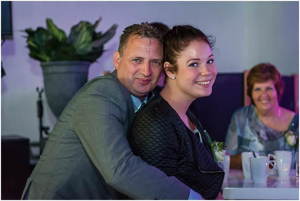 2015,Bomenpark Heesch,Bruidsfotograaf,Bruiloft,De Leeuwerik,Gemeentehuis Oss,Huwelijksfotograaf,Mari en Corina van Deijne,Trouwen,Trouwfotograaf,