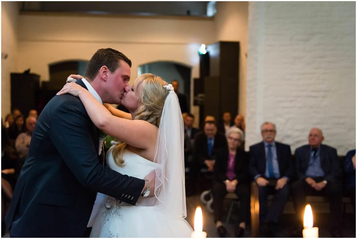 Bruidsfotograaf, Cuijk,Mill, Dennis & Cardisha, Sandy Peters, trouwfotograaf, Onze lieve vrouwe kapel st Agatha 0024.jpg