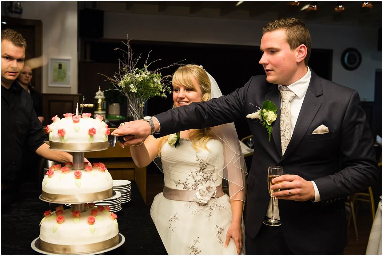 Bruidsfotograaf, Cuijk,Mill, Dennis & Cardisha, Sandy Peters, trouwfotograaf, Onze lieve vrouwe kapel st Agatha 0030.jpg