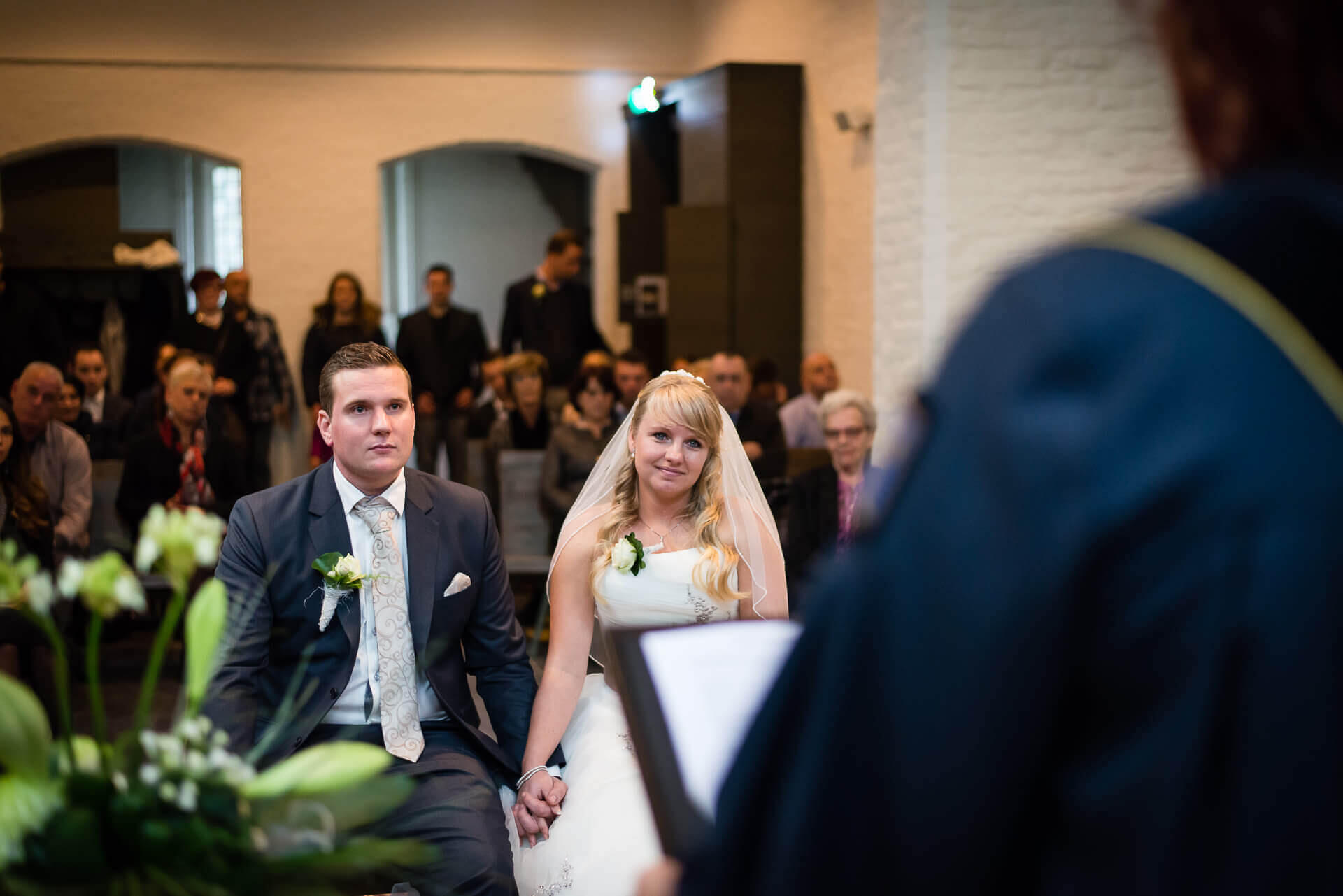 Bruiloft fotograaf sint Agatha kapel door bruidsfotograaf Sandy Peters
