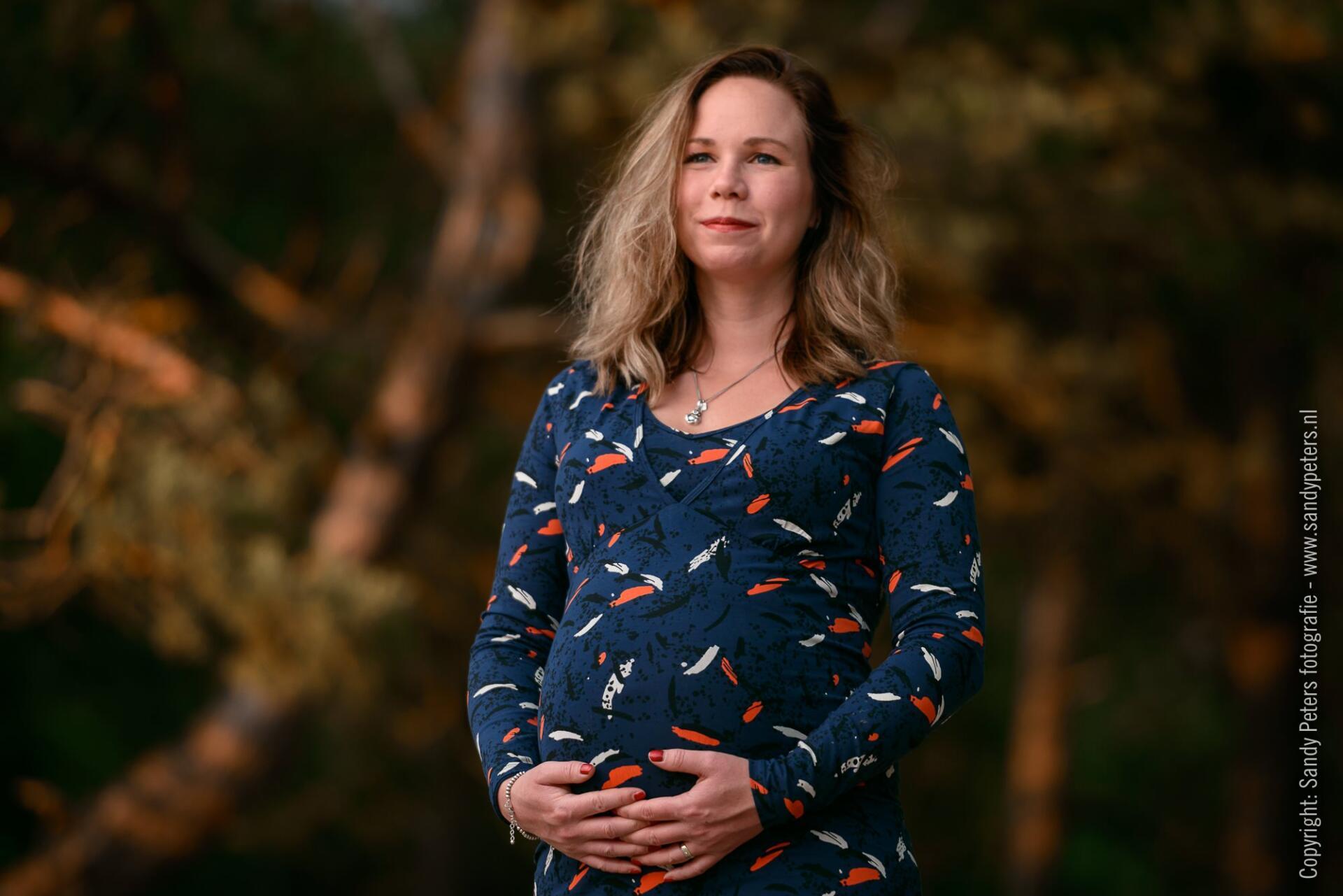 Zwangerschapsshoot Uden - Bedaf door Fotograaf Sandy Peters